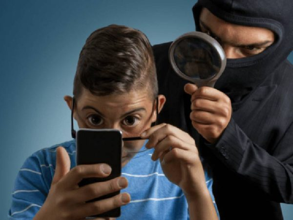 smart phone spying